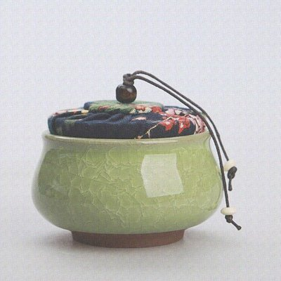 Tea caddy - cracked ice - light green